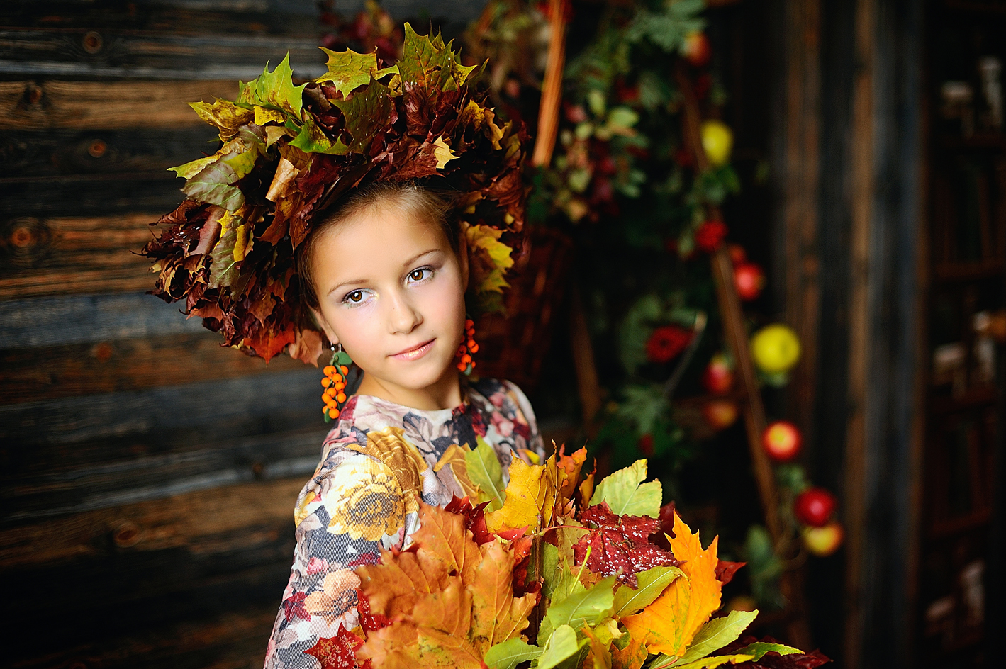 Осенние фото ребенка в платье