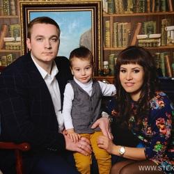 Семейная фотосессия и фотосессия для беременных в студии 2016